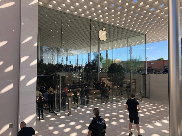 全球超 5 家重新设计后的 Apple Store 将于本周末开业