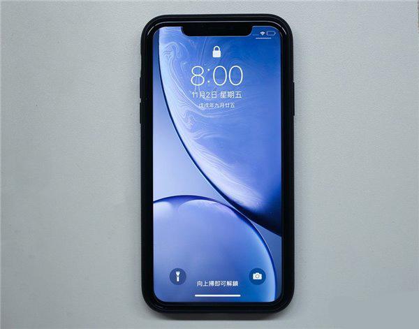 iPhone XR黑边框有多宽?与iPhone XS/XS Max的实测对比