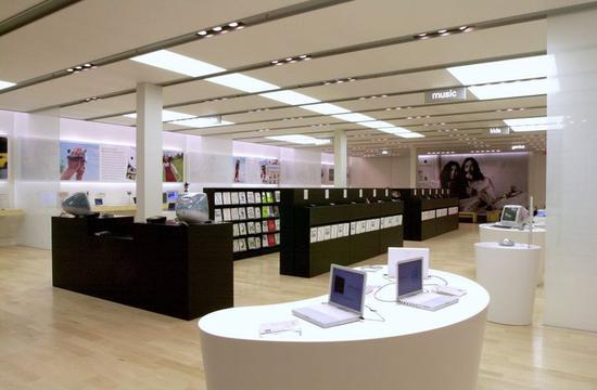 一块玻璃价值百万:Apple Store 才是苹果最美硬件