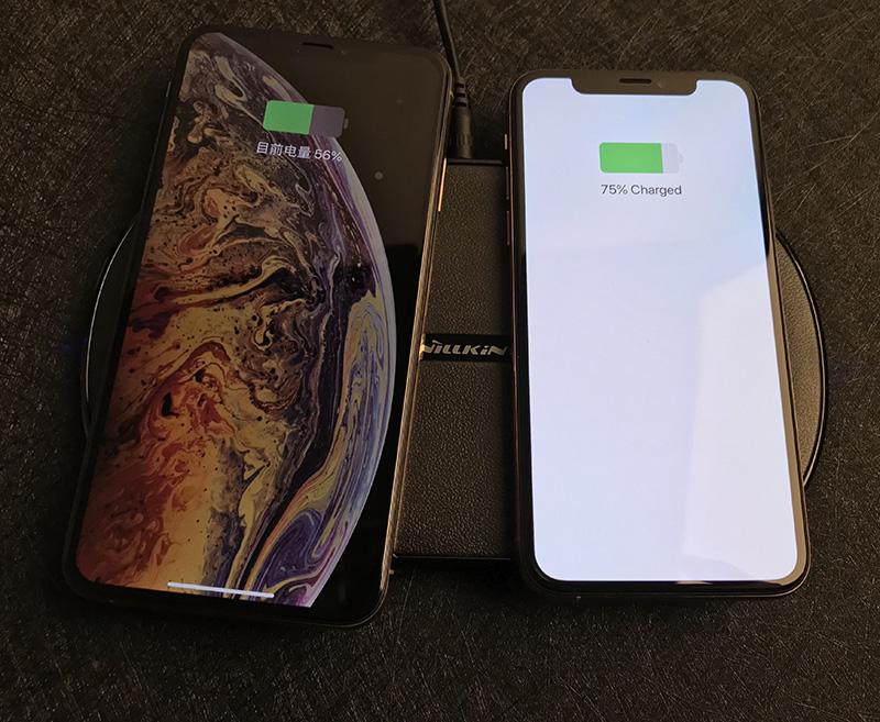 iPhone XS Max 是否可以一边无线充电一边有线充电?