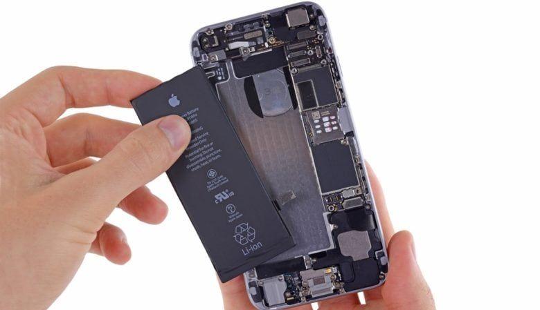 提醒:iPhone 电池保外服务明年涨价