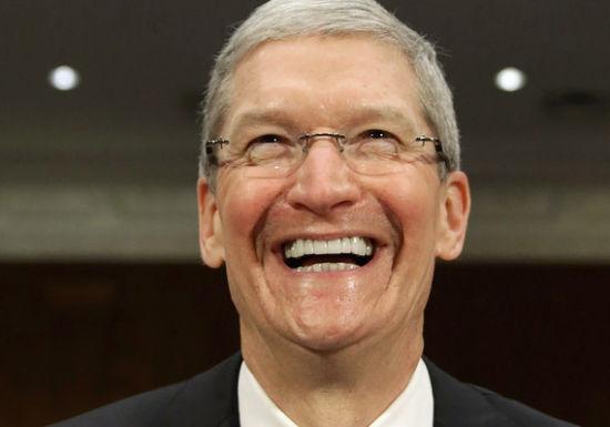 库克:否认 iPhone XR 失败,可穿戴设备营收超过 iPod