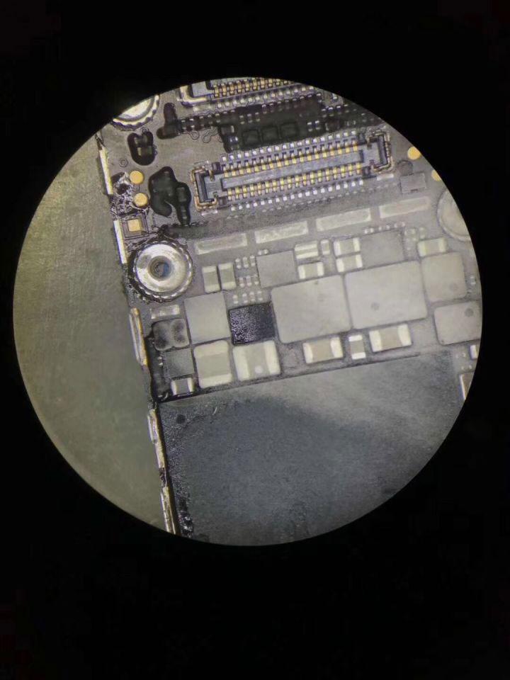 iPhone X 后置摄像头下方发热严重怎么办?