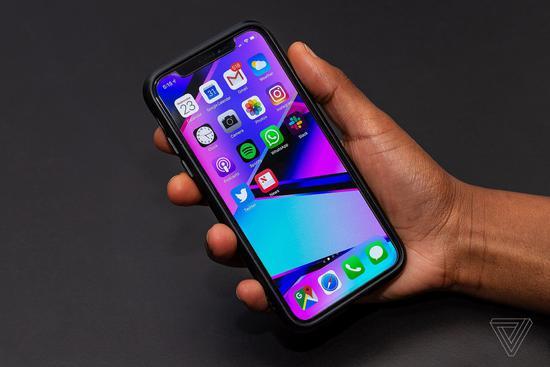 iPhone 实时画面可被监控?国际知名航空公司、酒店竟秘密录制iPhone屏幕