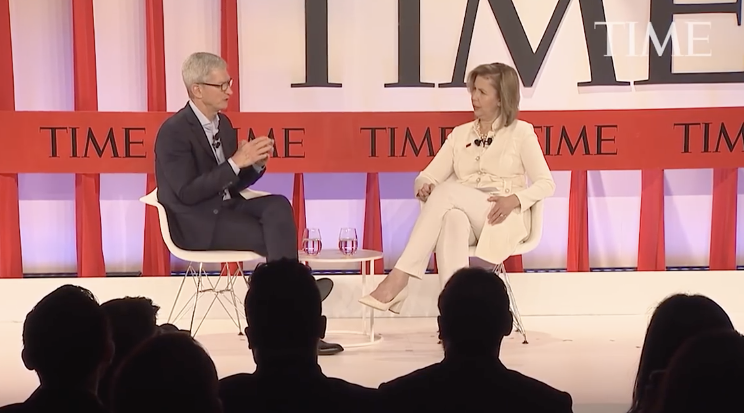 Tim Cook 在 TIME 100 访谈中呼吁进行技术行业监管