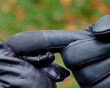 带着它,无需摘下手套也能指纹解锁iPhone
