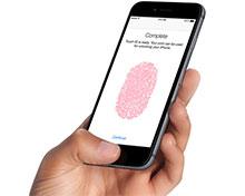 添加一个指纹,可以用两个指头解锁的方法