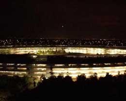 夜幕下的Apple Park超美!期待全貌