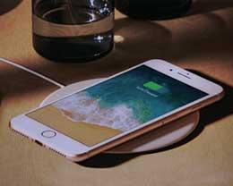 iPhone无线充电不够完美 但苹果是认真的