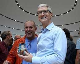 苹果CEO库克:中美贸易关系紧张,但iPhone不会被加关税