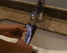 被误解的 iPhone XS Max 防水功能,进水并不保修