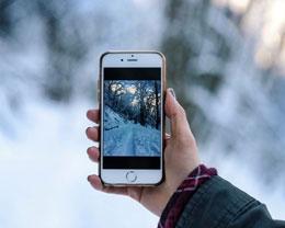 在 iPhone 上如何利用「框架构图」进行拍摄?