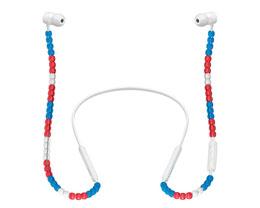Beats 与日本时尚品牌 Sacai 合作,推出串珠 BeatsX 耳机