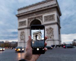 iPhone 摄影 | 如何拍摄极具戏剧化光影的街头瞬间?