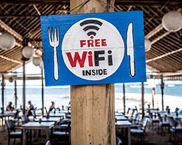 如何防止 iPhone 连接免费 Wi-Fi 泄露个人信息?
