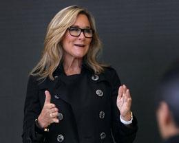 苹果零售主管 Angela Ahrendts 今日正式离开