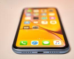 2019 年,iPhone XR 相比大多数安卓手机有哪些优势?