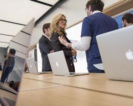 Apple Store 对待顾客友好度欠佳,员工和顾客对其深表失望