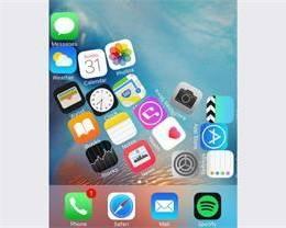 让 iPhone 软件图标随着重力改变位置