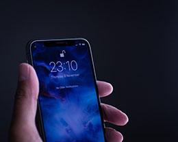 苹果自研 5G 调制解调器,iPhone 未来或将更薄更省电