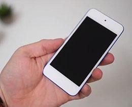 外媒上手新款 iPod touch:依然 4 寸小屏,外观毫无变化