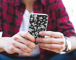 iPhone 恢复备份数据之后,出现其它 Apple ID 怎么办?
