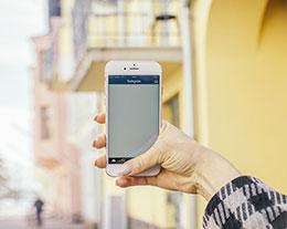 iPhone 语音输入如何更换语言和插入符号?