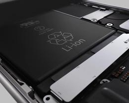 18 名原告发起了对苹果集体诉讼,指控其在电池衰弱的旧款机型实施欺诈行为