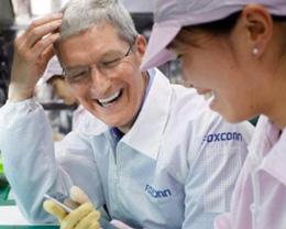 iPhone 降低生产成本有助于苹果消化年底开征的 10% 关税