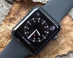 Apple 针对旧款 iPhone 向 Apple Watch Series 4 推送特殊更新
