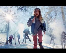 Apple 分享「Shot  On iPhone 11 Pro」系列短片:雪球大戰
