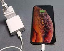 iPhone手机充电,先插手机还是先插电源?