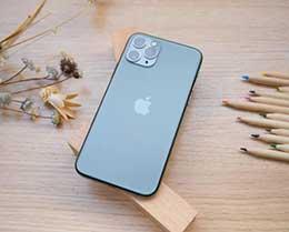 iPhone 11 如何调整字体?