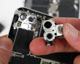全新 iPad Pro 初步拆解,雷达扫描仪很小