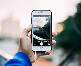 """iPhone 11 照片编辑小技巧:巧用""""复制""""功能保留原片"""