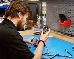 苹果向北美地区授权维修点提供援助:每台设备维修补贴 20 美元起