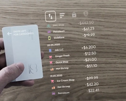 Volodymyr Kurbatov 分享概念渲染,展示 AR 加持下的 Apple Card