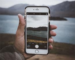 如何在 iPhone 上调整 HDR 相机设置