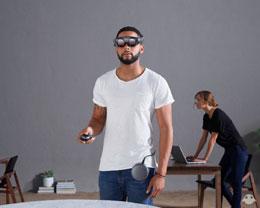苹果新专利可防止 VR 用户碰到现实世界中的物体