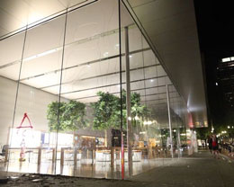 消息称苹果将再次重新开放部分美国 Apple Store