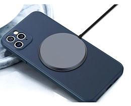 苹果 iPhone 12 无线充电器曝光:通过磁力连接