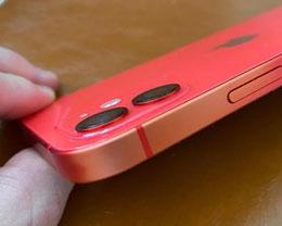 部分 iPhone 11 和 iPhone 12 型号铝制机身出现褪色