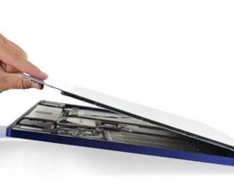 iMac 的主要部件全在下巴上,高集成度几乎不可能维修