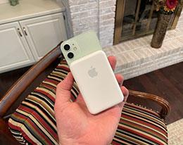使用 MagSafe 外接电池时,iPhone 有摔机风险