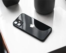 如何将安卓手机与苹果 iPhone 通过数据线连接?