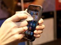 让iPhone6屏幕更耐刮,苹果已下注7亿美元