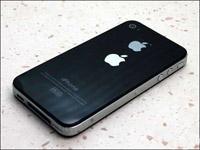 """小贩街头卖假iPhone:成""""高帅富"""""""