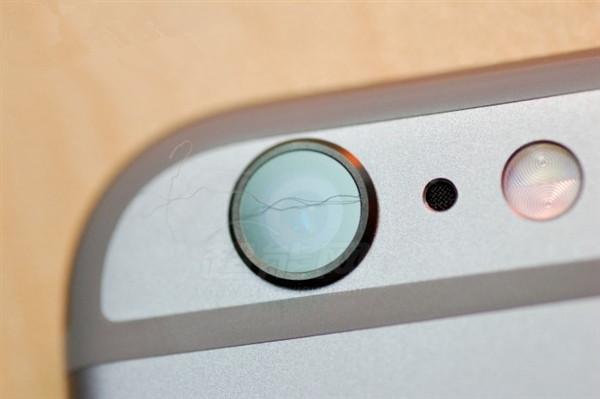 头发 摄像头/iPhone 6又出事了摄像头也夹头发