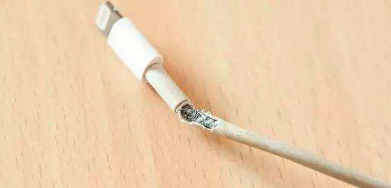 苹果最需要升级的产品是数据线?如何延长iPhone数据线的使用寿命?