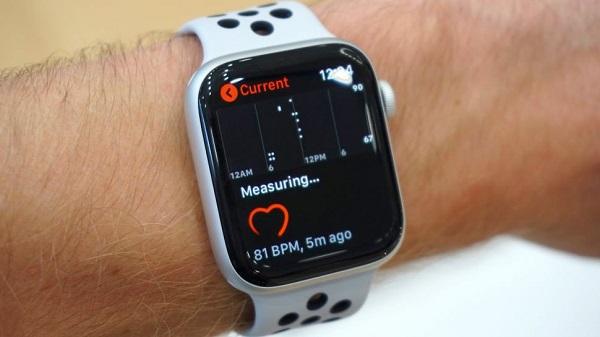 更改 Apple Watch 地区设置,即可使用 ECG 心电图功能